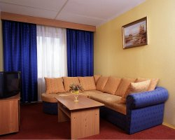 World Largest Hotels, Izmaylovo Hotel, Moscow, Russia, Guestroom