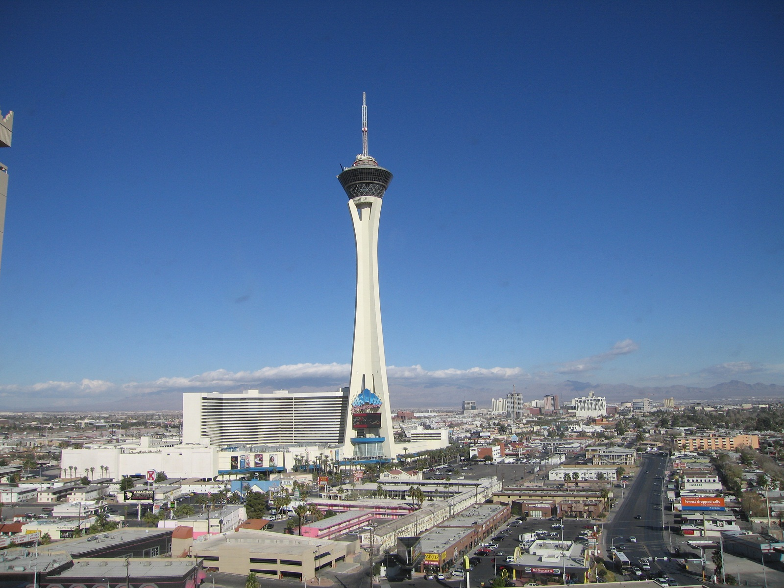 Top Rotating Restaurants Stratosphere Las Vegas Usa Hotel View