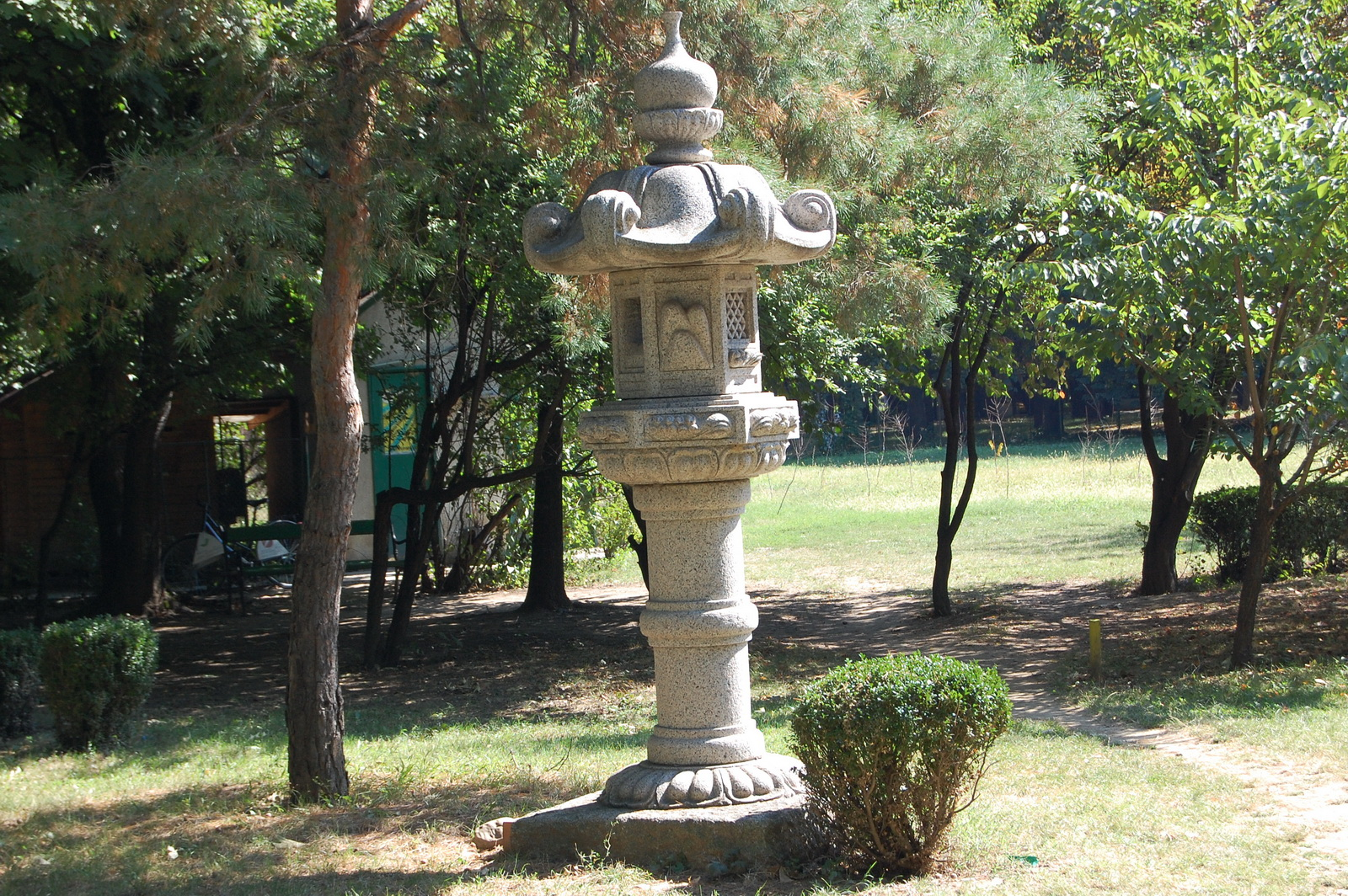 Herastrau Park, Bucharest, Romania, Japanese shrine
