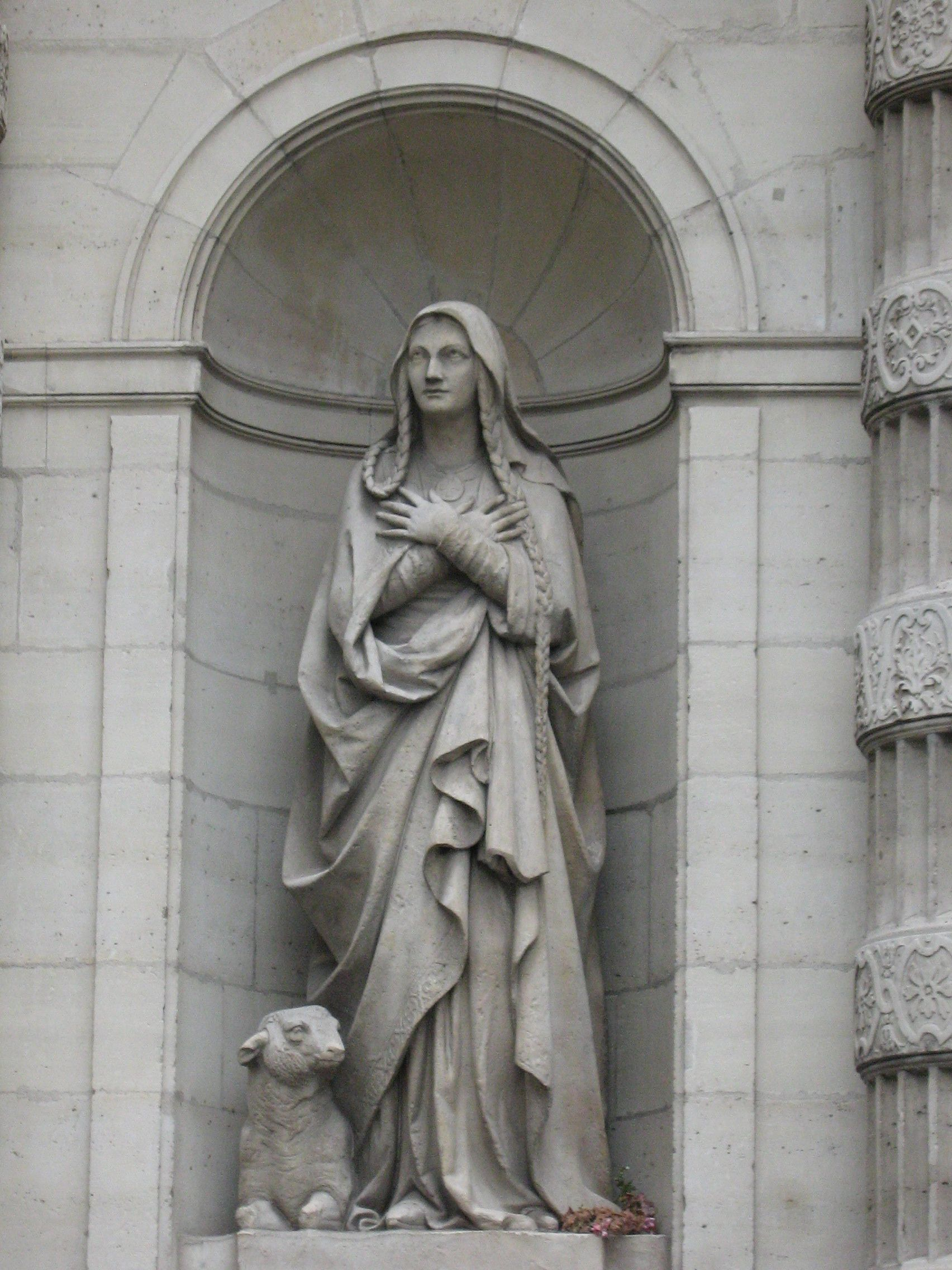 Paris Architecture, France, St Etienne du Mont Statue
