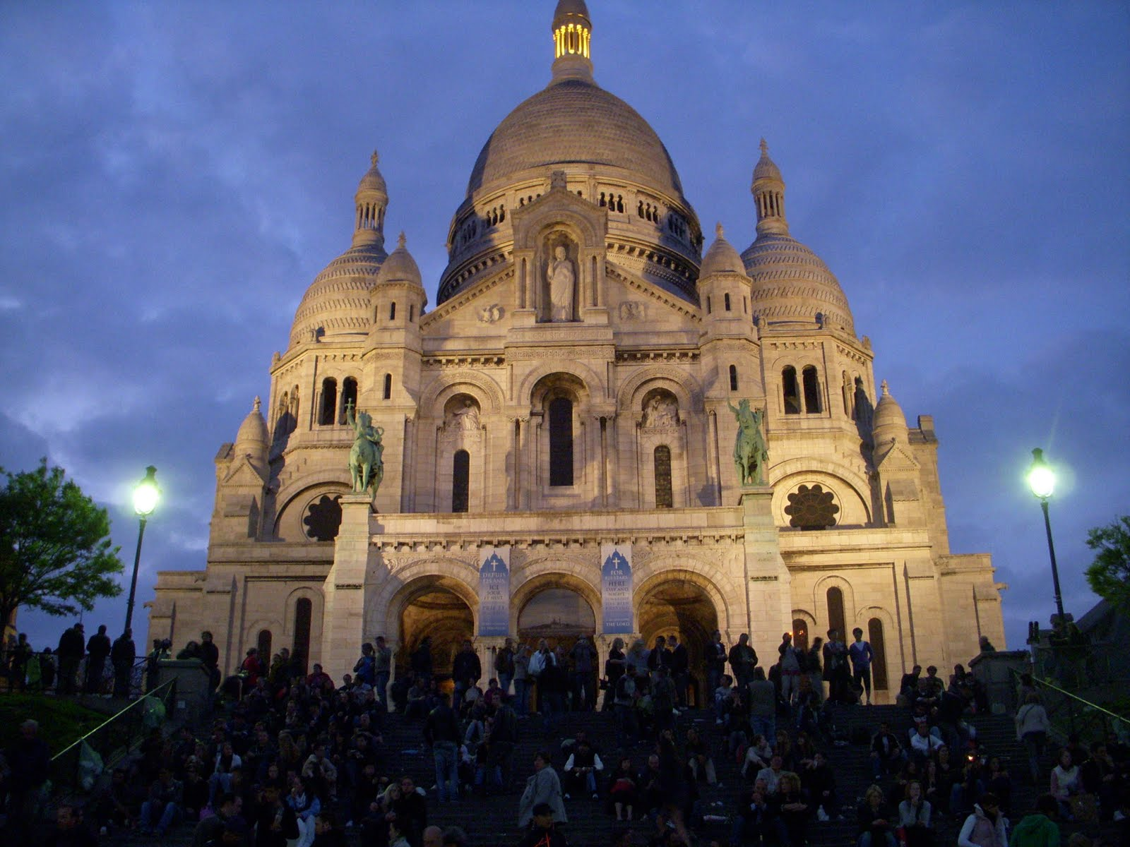 paris architecture france sacre coeur at night