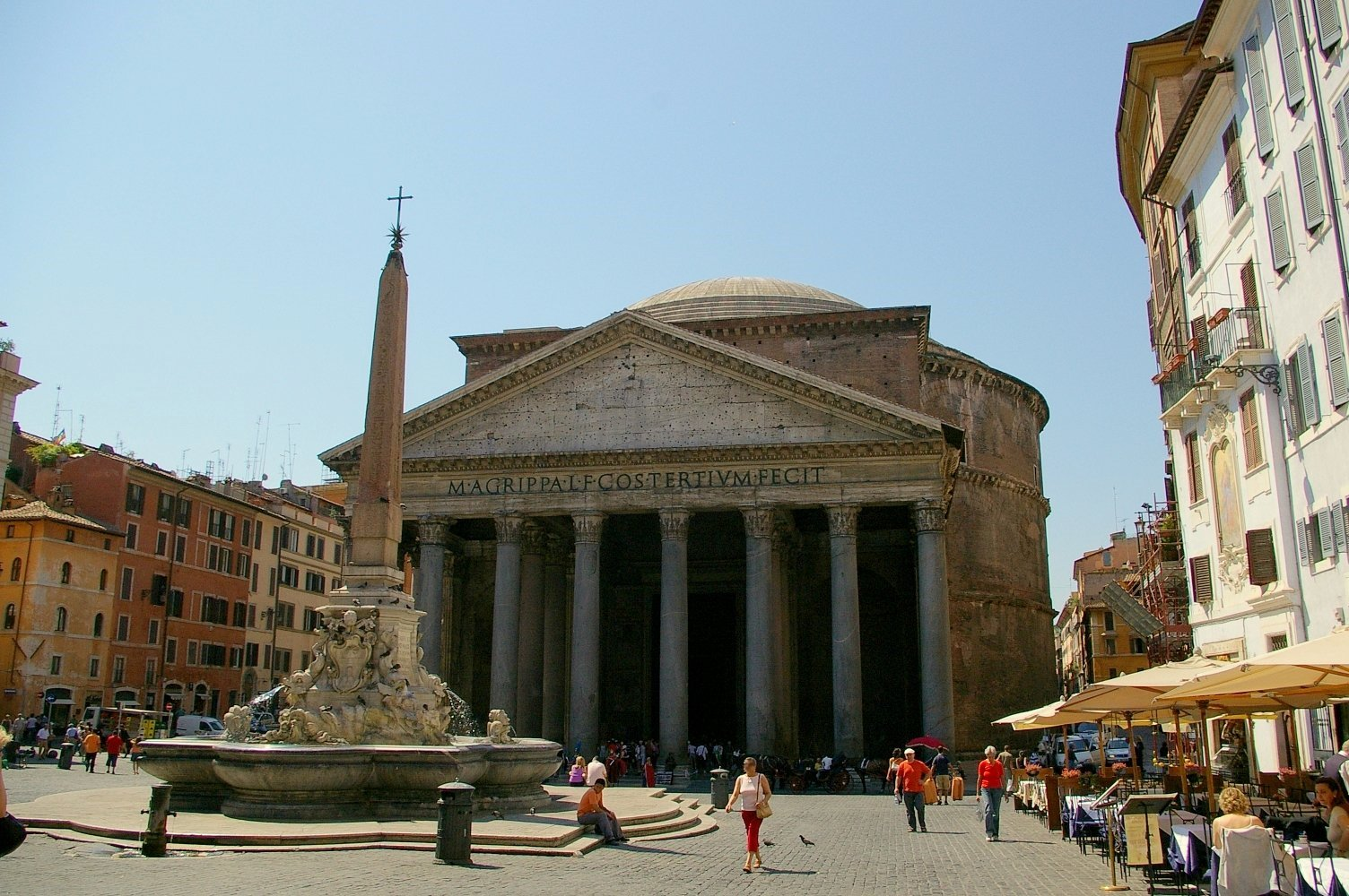 Rome Architecture, Italy, The Pantheon and the Obelisk