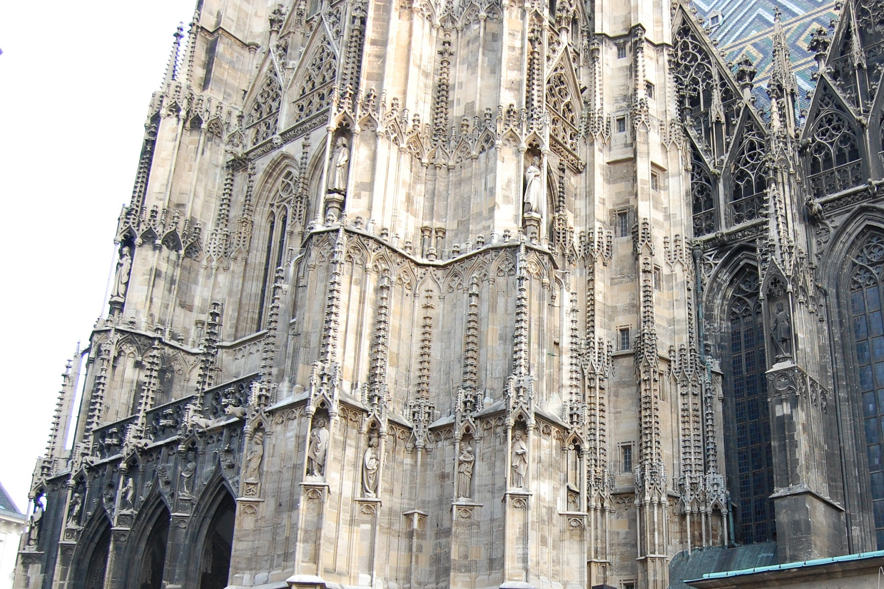 St stephan cathedral vienna austria side facade for Architecture vienne