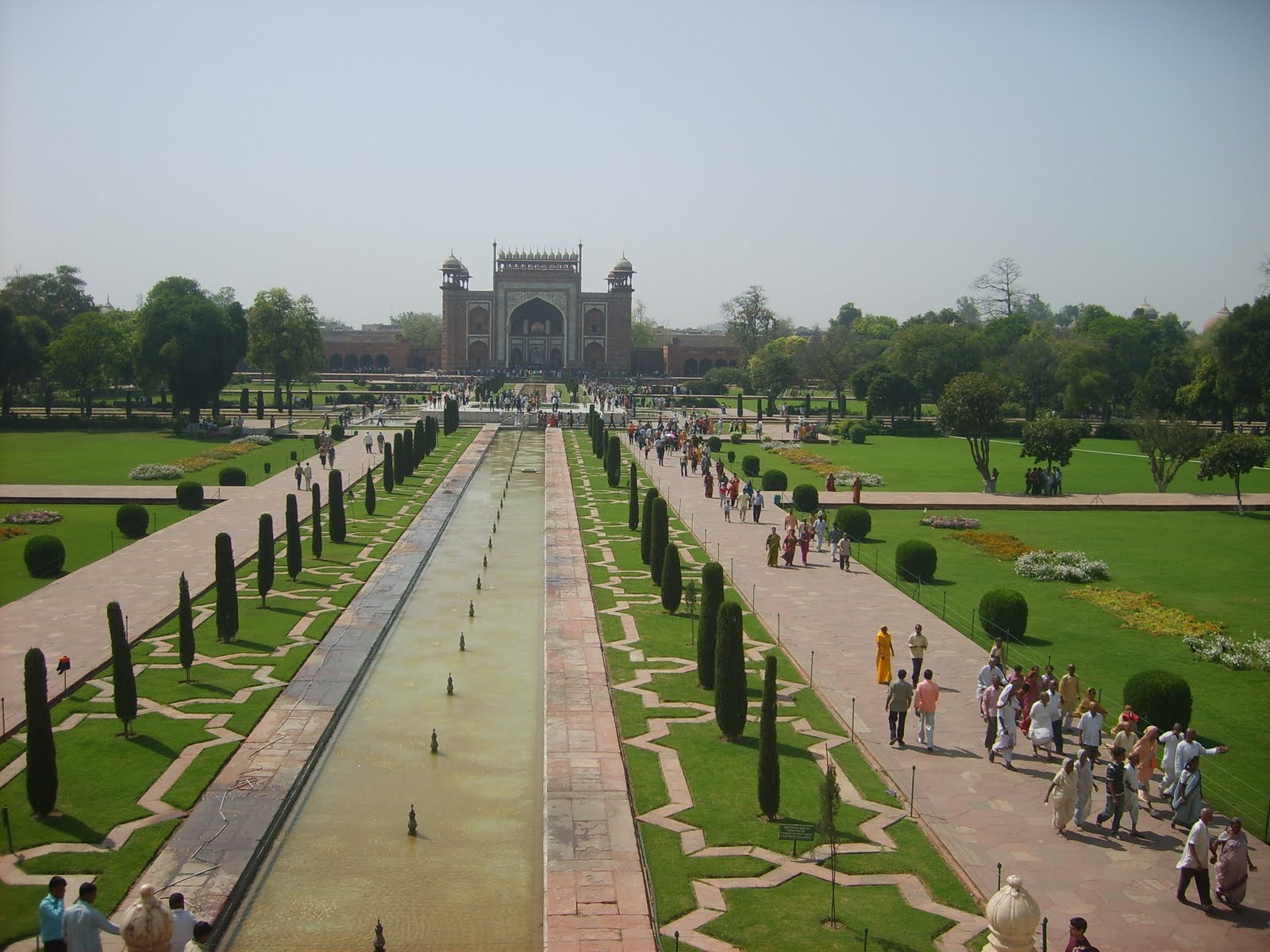 Taj Mahal, India, Mosque Overview