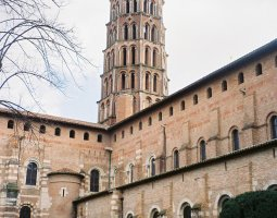 Basilique Saint Sernin, Toulouse, France, Courtyard