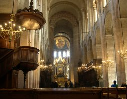 Basilique Saint Sernin, Toulouse, France, High altar