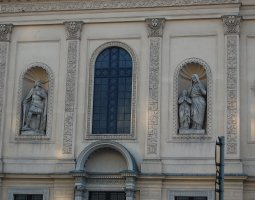Vienna Architecture, Austria, Statues on a church wall
