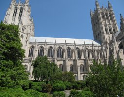 National Cathedral, Washington, U.S.A., Vewi from outside garden