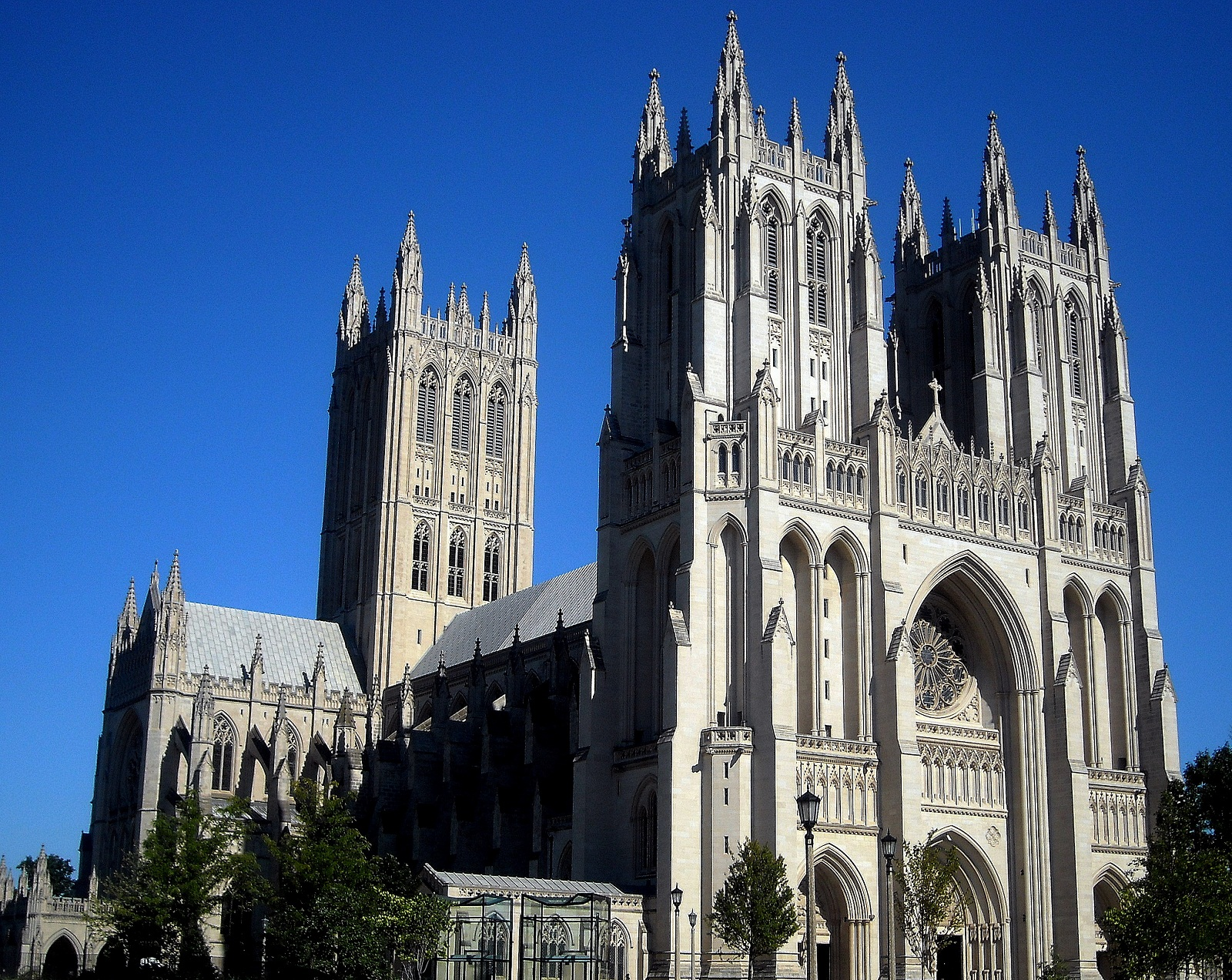 National Cathedral, Washington, U.S.A., Front overview