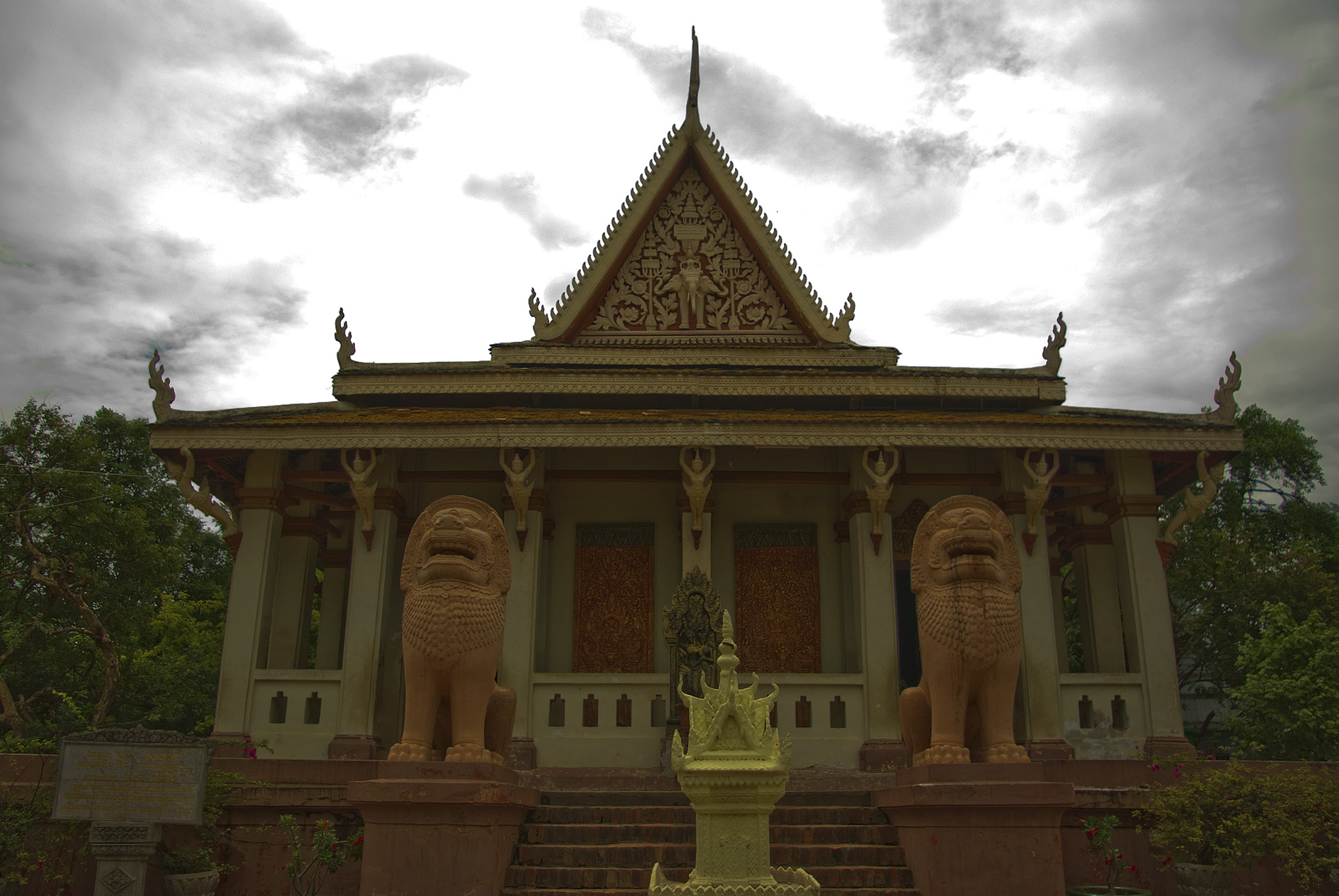 Wat Phnom, Cambodia, Royal Palace front view