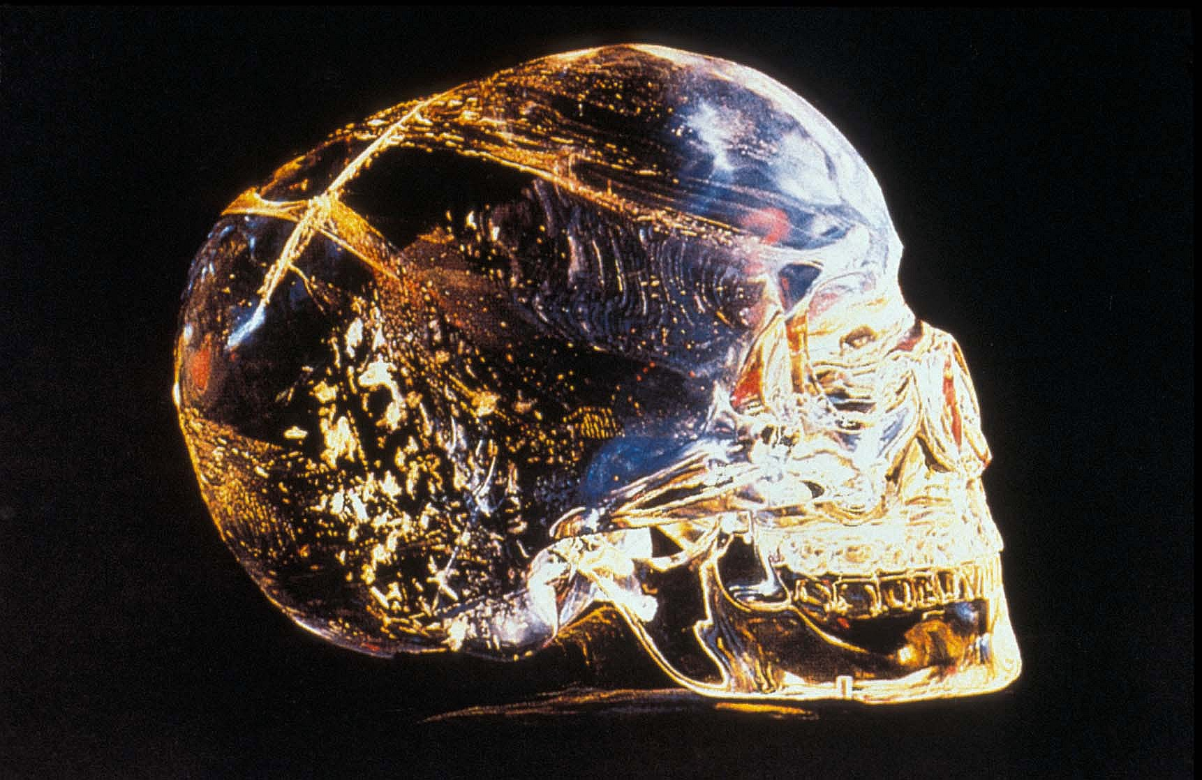 Mystery Holiday, Crystal Skull, Side View